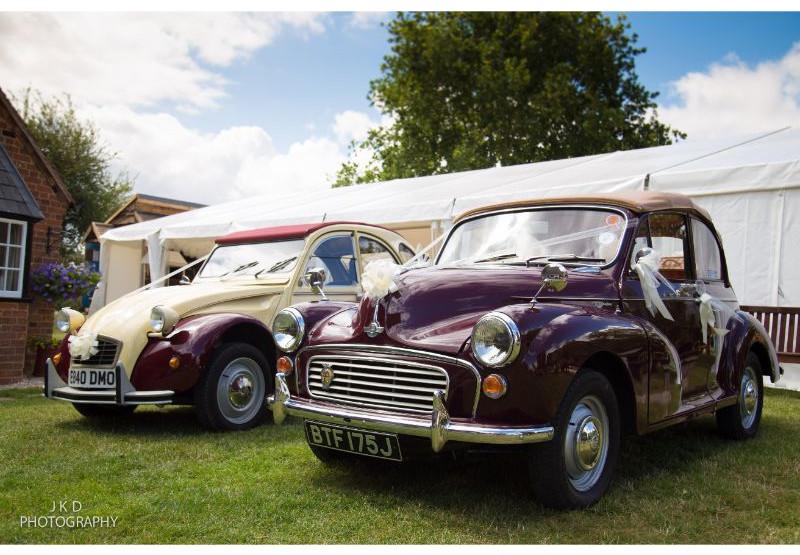 Clifden Arms Wedding Day-67.jpg