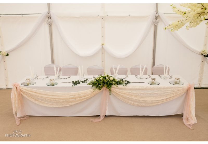 Clifden Arms Wedding Day-121.jpg
