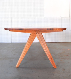 4 Sevens Table