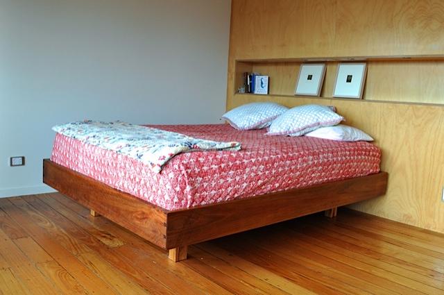 Floater Bed
