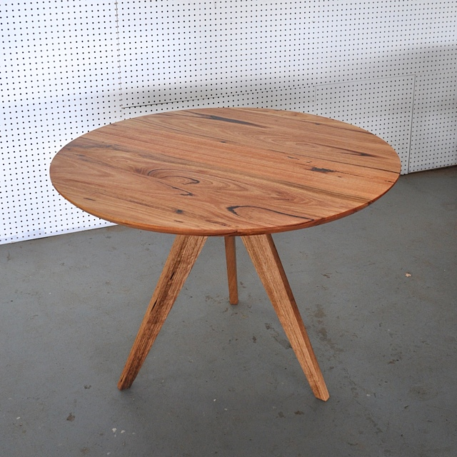 3 Sevens Table