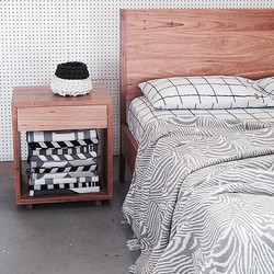 Classic Bed & 1 Drawer Box Bedside