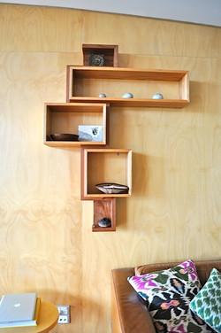 Ribbon Shelf Shelf