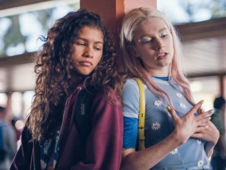 Zendaya divulga pôster do especial de Natal da série Euphoria na HBO