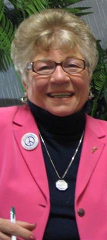 Elaine Holz