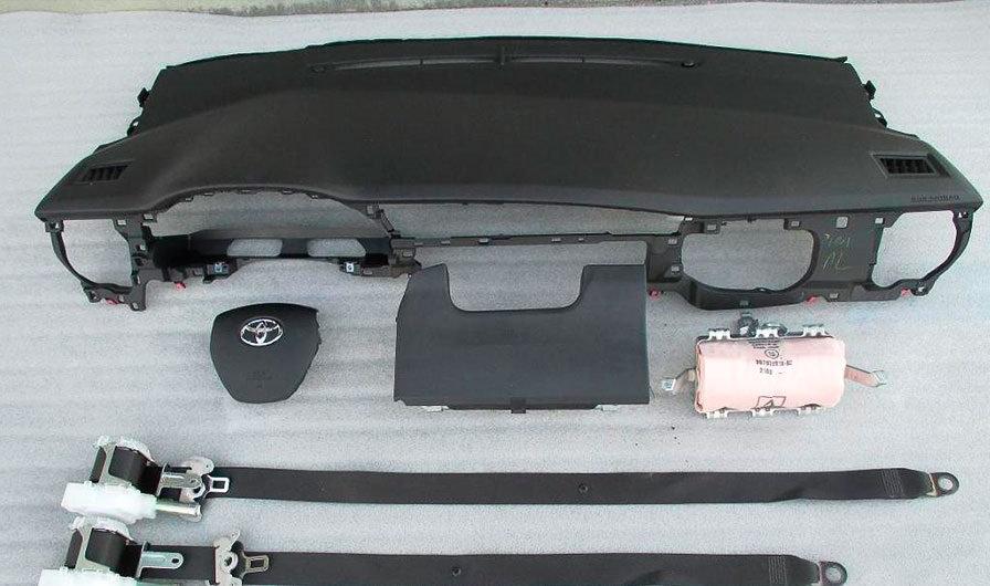 Торпедо Тойота Королла E160-E170.Toyota Corolla E