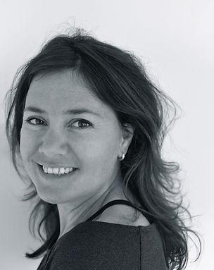 Sanne Jennen/ sanneyoga