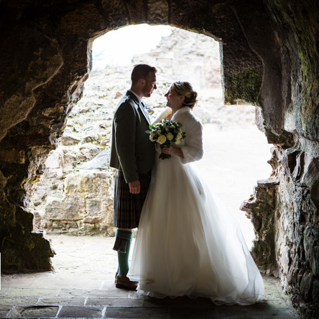 Victoria + Ryan | Wedding | Dirleton Castle