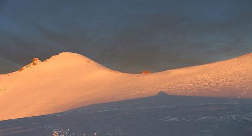 Snow in the mountains, Greece, photo by Yulia Dotsenko.