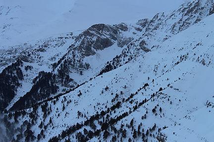 Snow, mountains, photo by Yulia Dotsenko.