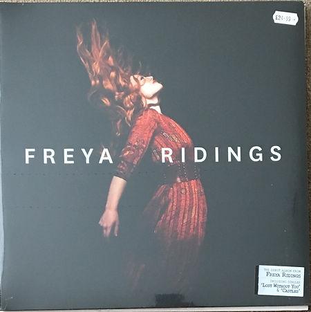 Freya Ridings-min.jpeg