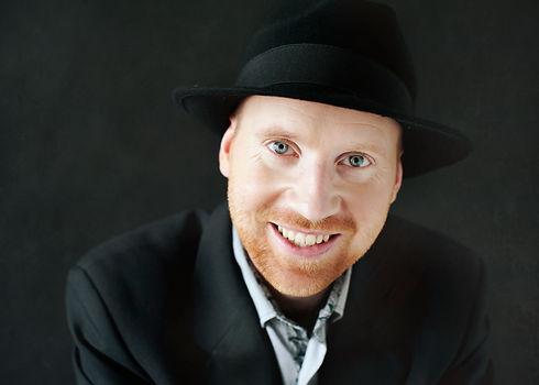 Headshot - Piano Man Tom.jpg