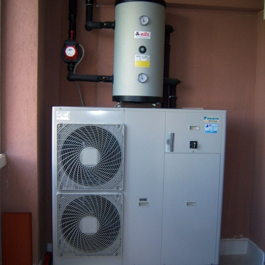 impianto-idronico-daikin-a-pompa-di-calo