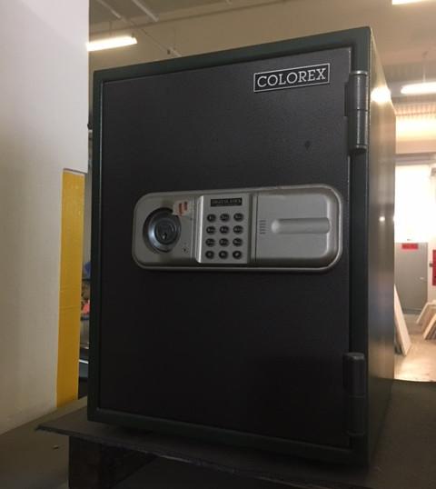 Electronic lock opening break open pick scoping