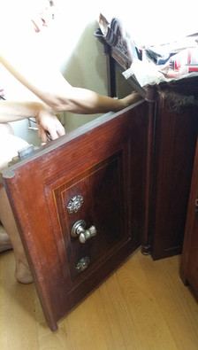 Old Safe Opening