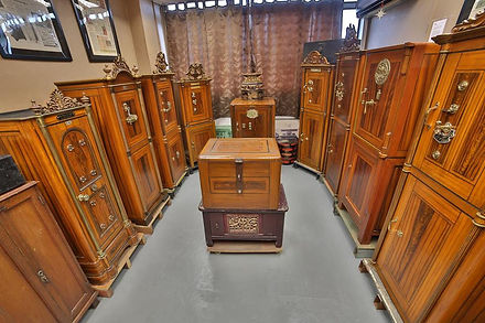 Sinapore Antiques | Antique Safe Collection | SiahOldSafe