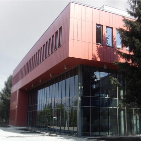 Biurowiec, Wrocław ul. Wyścigowa