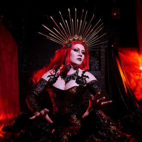 Goth Queen 1.jpg