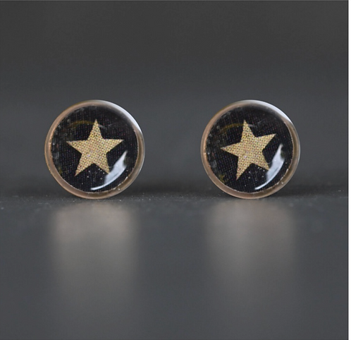 Tiny Picture Studs