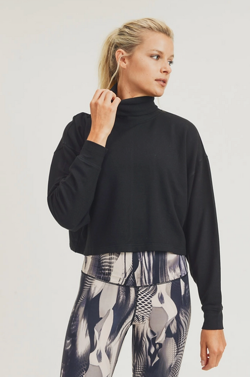 Boxy Cropped Fleece Pullover