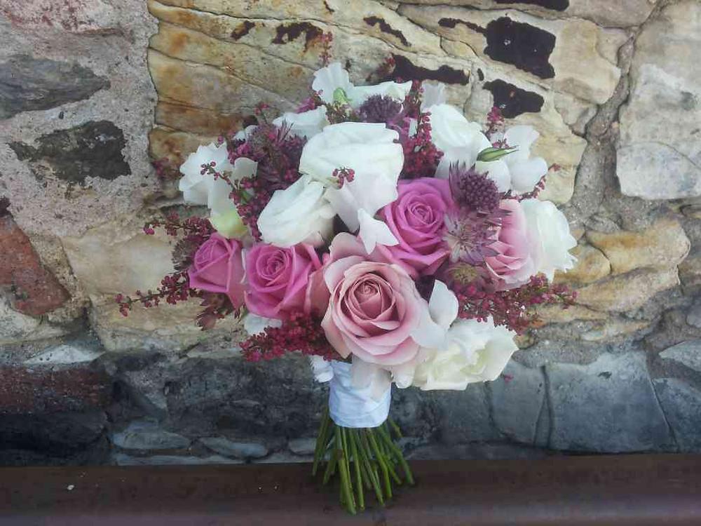 Svatební kytice Růže, Hrachor, Eustoma