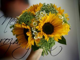 Svatba ve stylu slunečnic (Slunečnice, Kopr, Heřmánek, Růže)