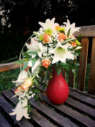 Svatba Lilie, Růže, Chryzanthema a Nevěstin závoj