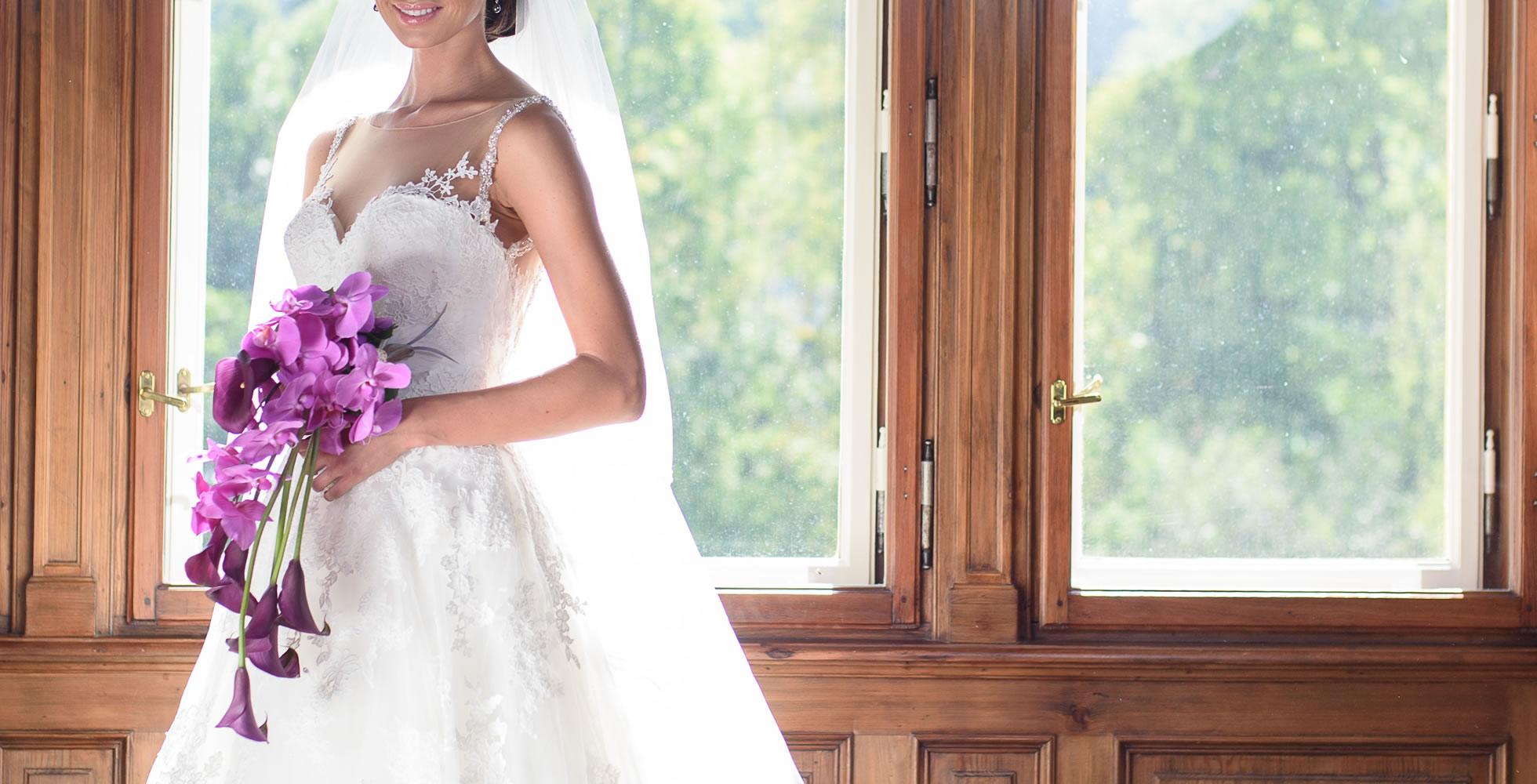 Svatební kytice kaly a orchideje