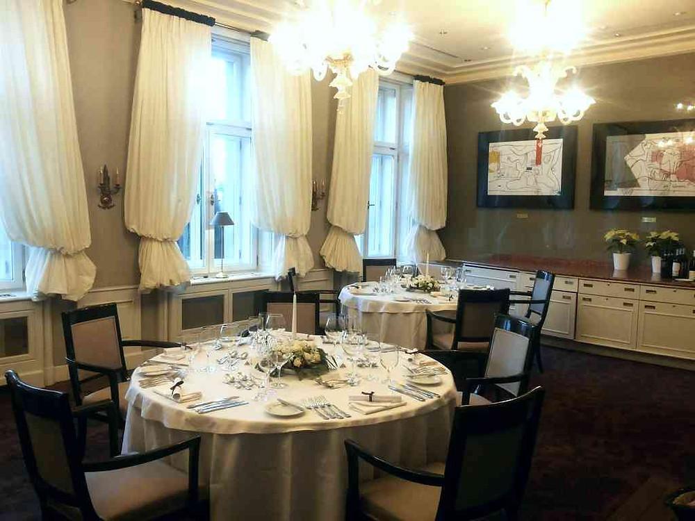 Svatební tabule hotel Le Palais