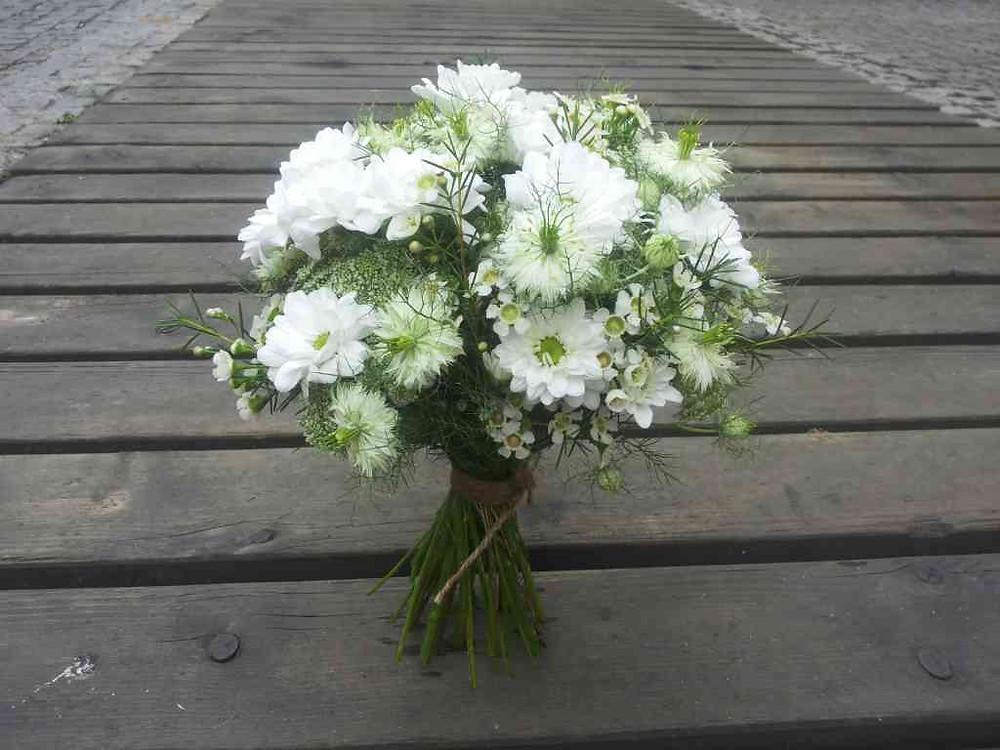Svatební kytice Waxflor, Černucha, Chryzanthema
