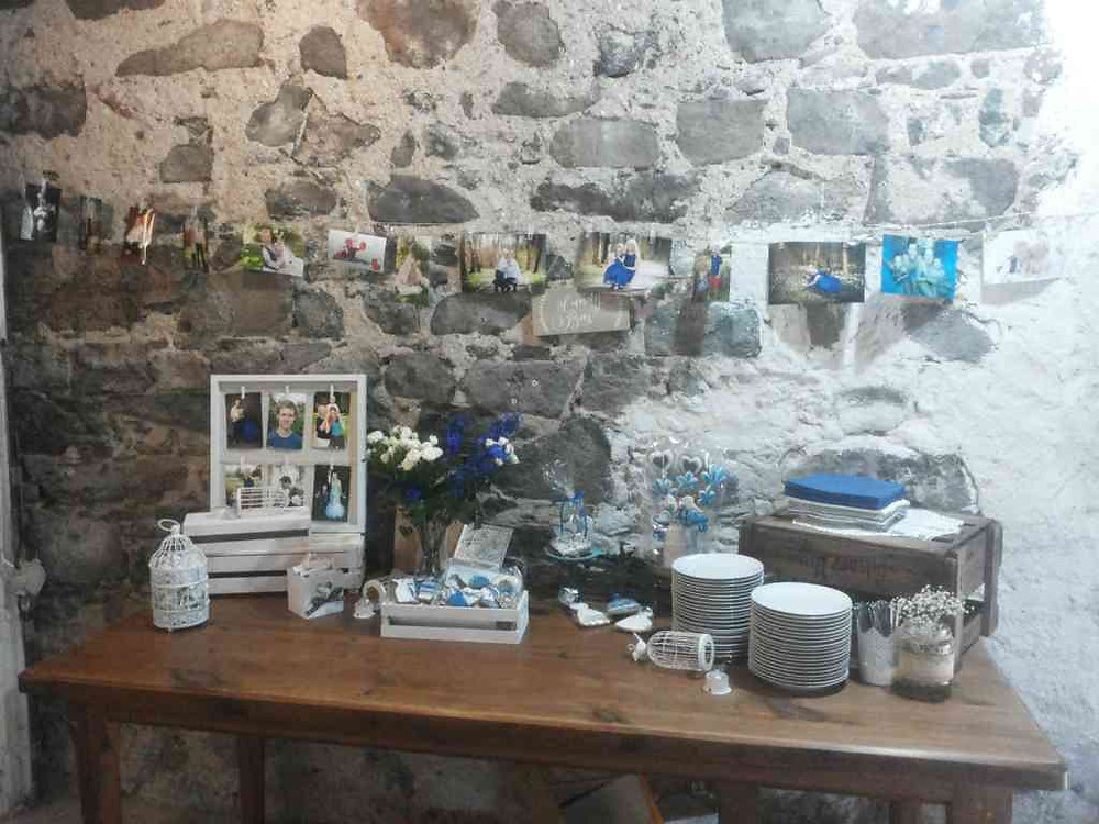 Svatební květinová výzdoba, místo na svatební dary