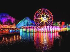 ¡Una mágica Navidad en Anaheim, California!