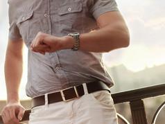 Estos son los 3 relojes que debes tener para este verano