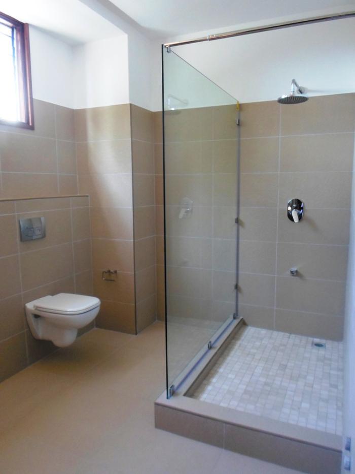 1br-bathroom-2