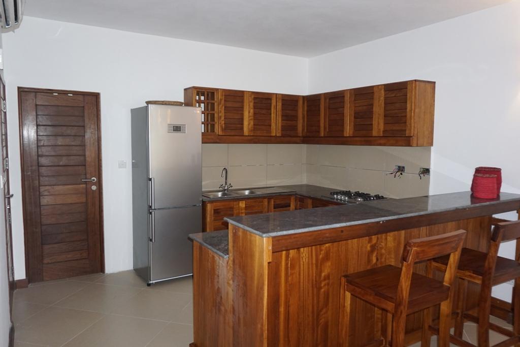 1br-kitchen