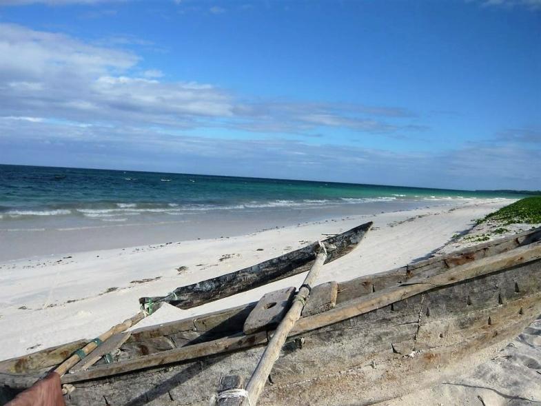 Simba_Village_beach_012
