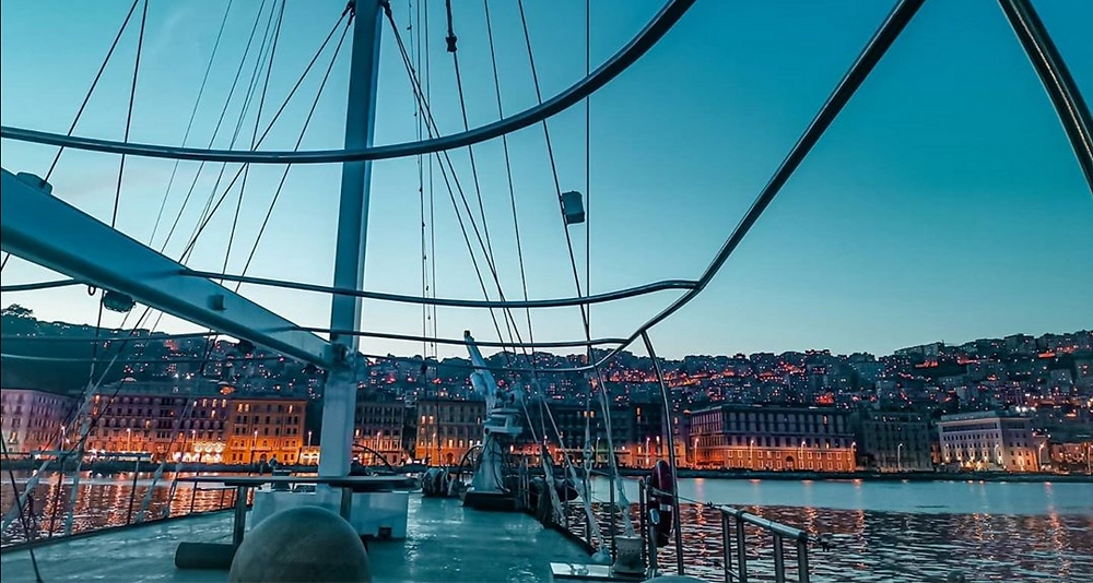 A wedding aboard a sailing ship guarantees uniqueness, excellent service and breathtaking views!