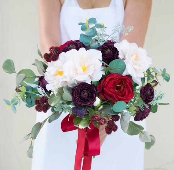 A Special bouquet for Valentine day Bride