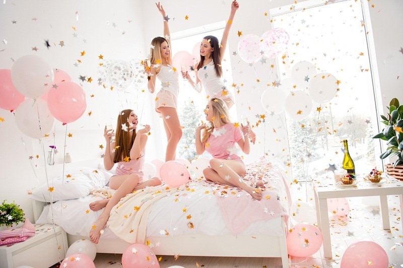 Do not forget to use some fun hen party props to add some fun to your hen party photos!!!