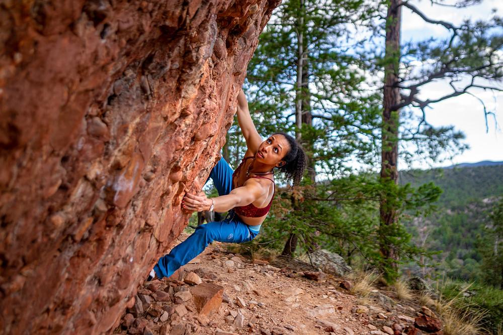 Favia Dubyk climbs