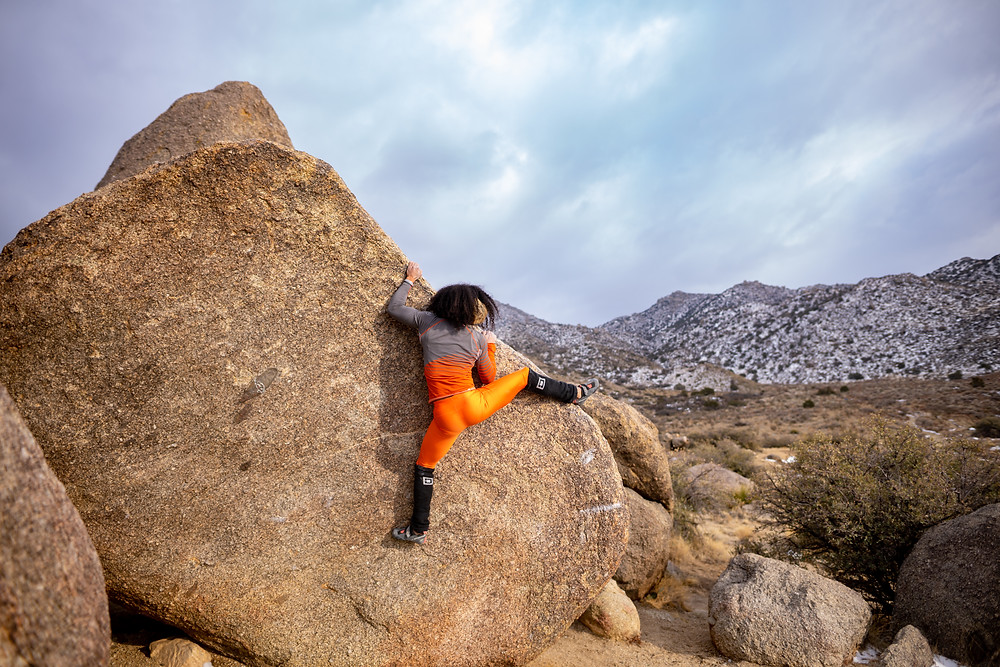 Favia Dubyk bouldering