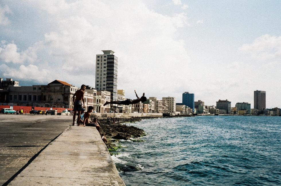 El Malecón (La Habana, Cuba)..jpg