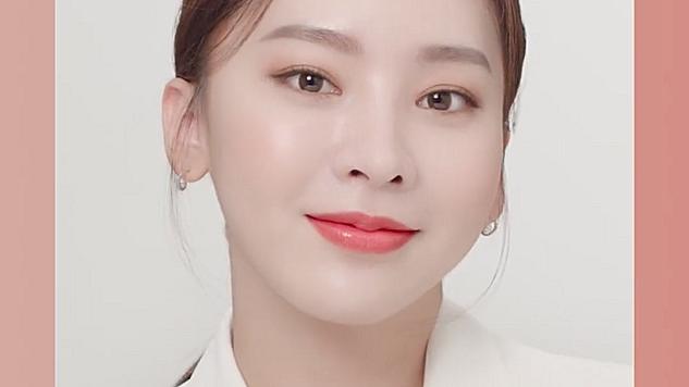 K Beauty Look - 쉬어래스팅 파운데이션