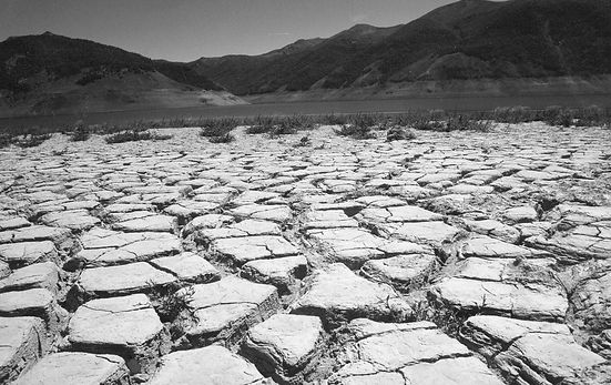 Laguna-Laja-Sequia-Cambio-Climatico_bn.j
