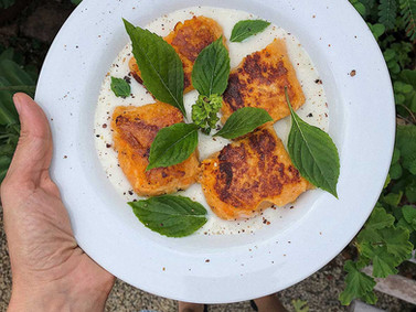Nhoque de batata-doce com molho de castanha de caju