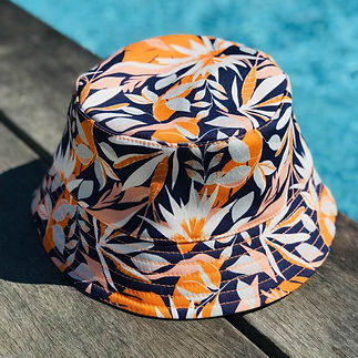 Garance Tresarrieu - design textile - bob motif fleu exotique - hat repeat pattern