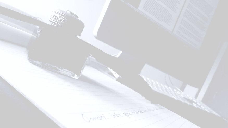Tekst, omdat ieder goed verhaal een sterke tekst verdient, inktpot, veer, computer, Mac