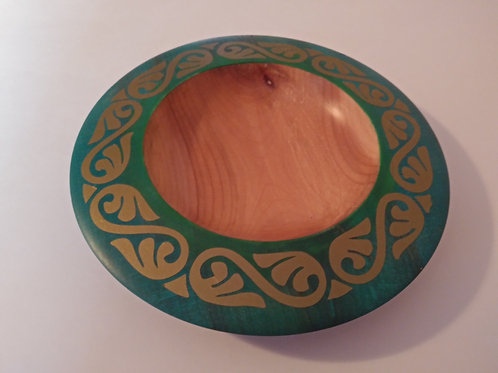 "Bowl Cherry, Dye Green Ring with Gold Design 8 1/2"" X 2"""