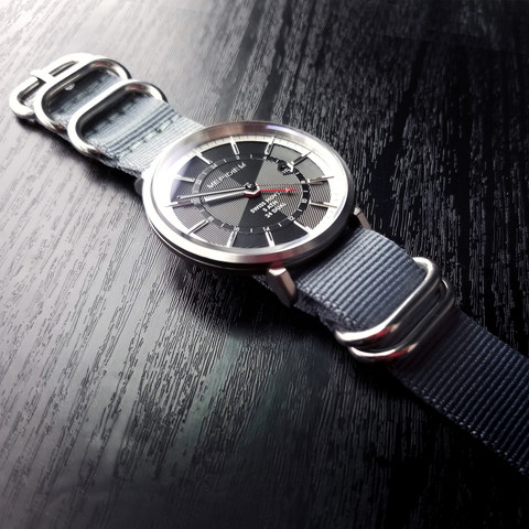GMT01 with Nylon Strap