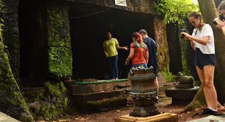 Lamgao cave